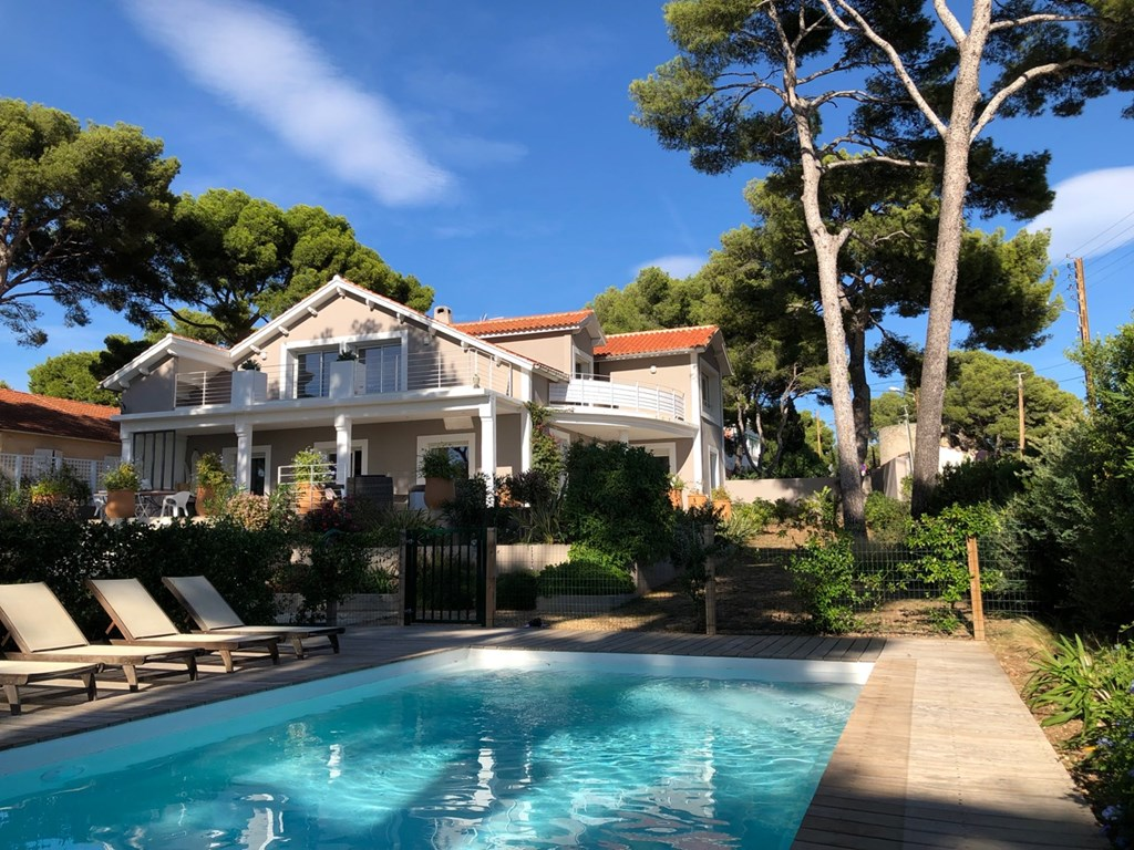 Maisons la location de vacances sanary bandol liveazur - Locations vacances avec piscine privee ...